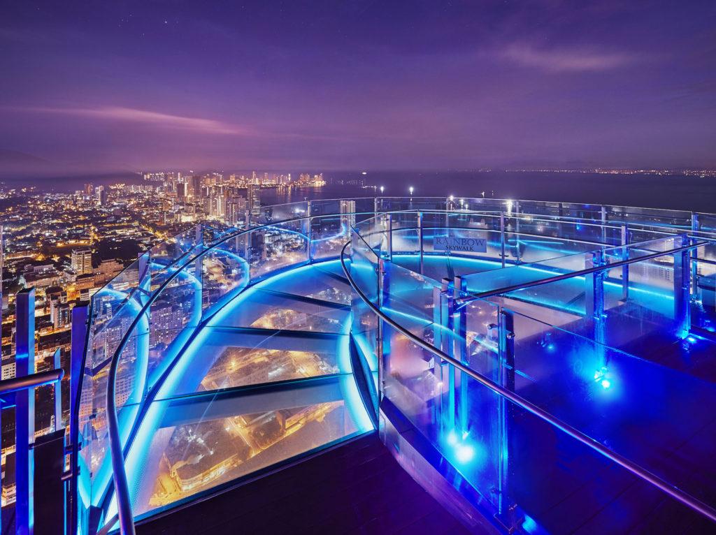 penang-skywalk-night