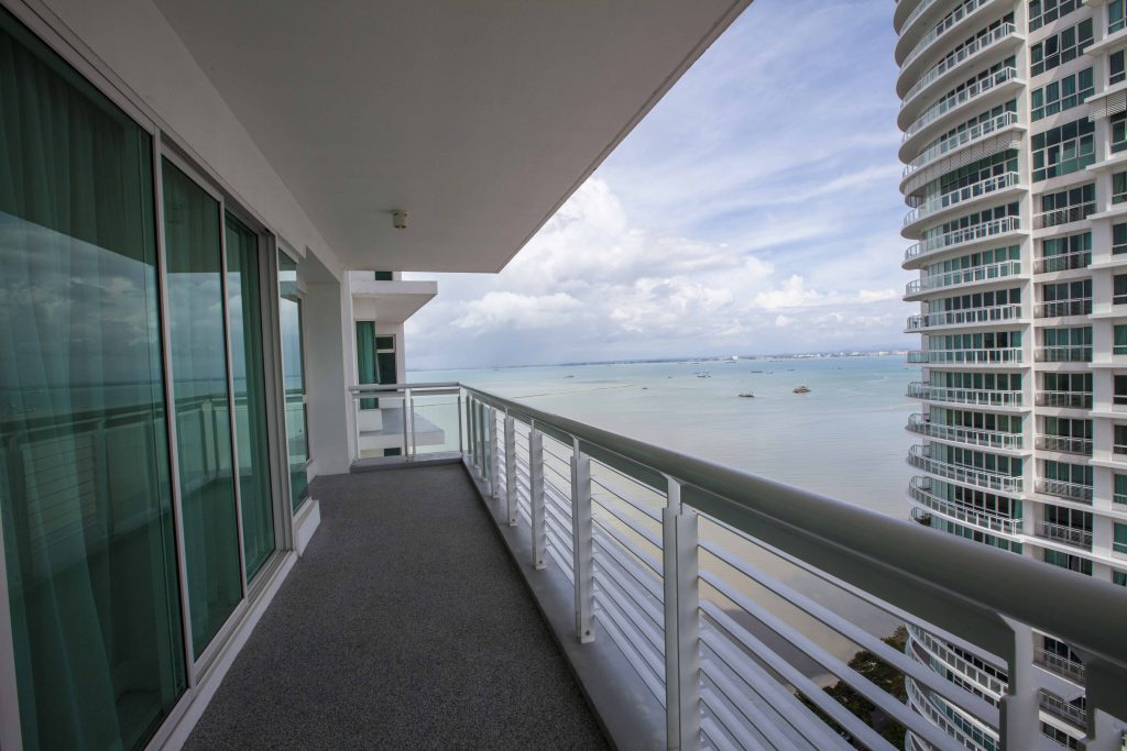 Gurney Paragon Penang West Tower Balcony View