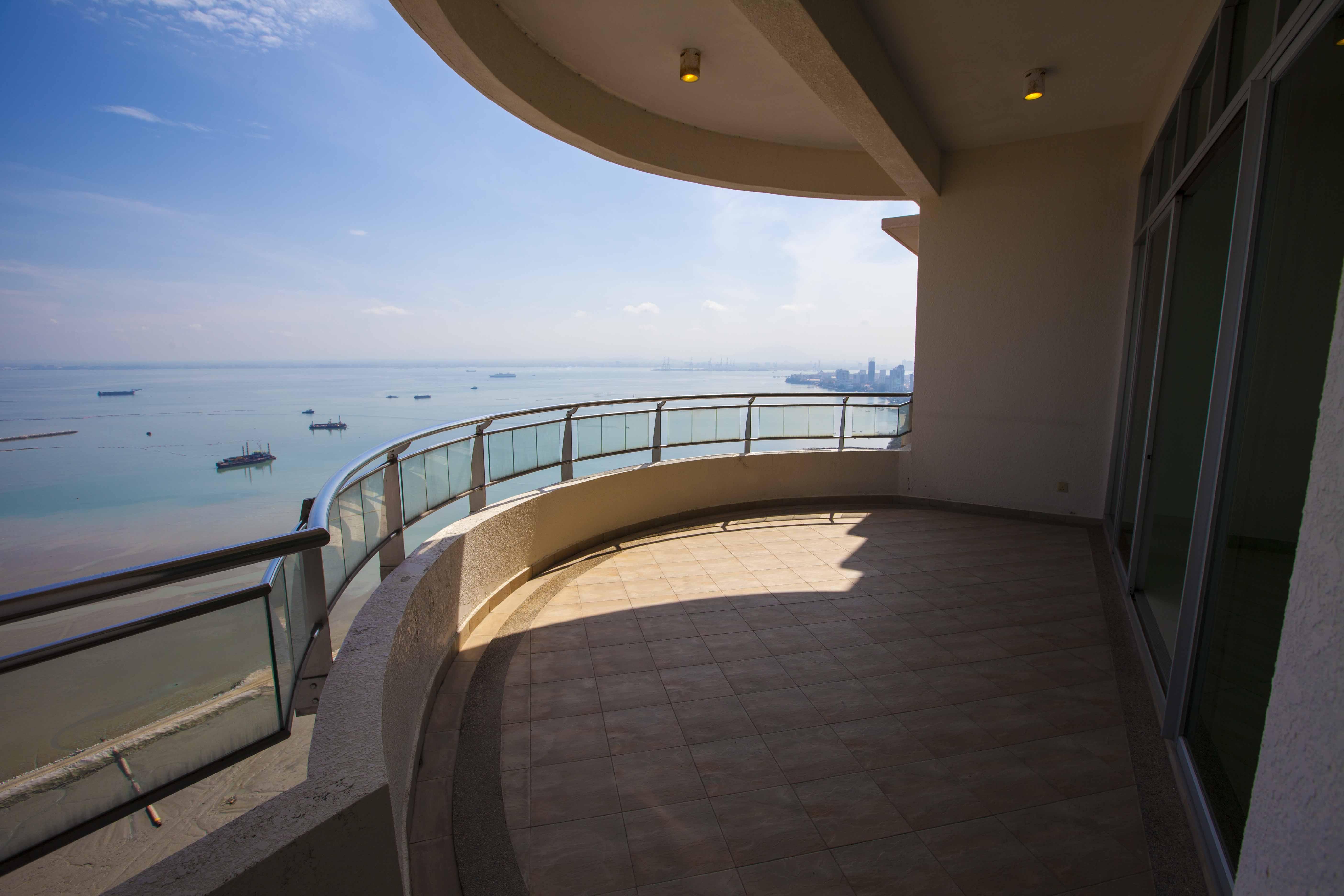 Gurney Palace Condominium Penang Listing